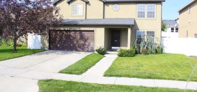 Come see this Beautiful Riverton Home!! 4 Bed 2.5 Bath. Large Spacious Kitchen with Center Island. Spacious Bedrooms with a loft area upstairs. Master bedroom is huge with large walk in closet. Updated Master Bath with Tile and a Spa like feel with the new pebble shower floor. Fully fenced yard. Secondary water not connected, but is available. Walking distance to Neighborhood Tot Lot. View of mountains from front of home. Close to shopping, the District, rec center, Herriman library & schools. Great access to Bangerter and Mountain View Corridor. Close to Park, Splash Pads, Herriman Town Center & Riverton City attractions, Daybreak, and Hospital. SqFt per county records. Buyer to verify. Bring us an offer!!